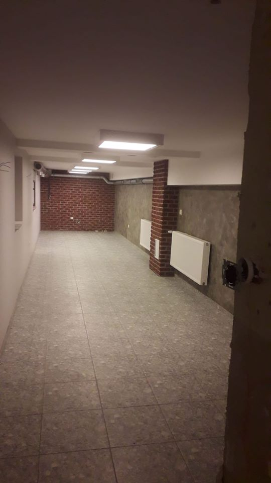 Stacja Smaku - Wagonowa 7. Usługa remontowa - położenie glazury schody, wykonanie zabudowy z G/K